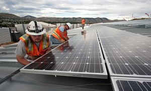 Solar jobs remain sunny spot in U.S. employment market