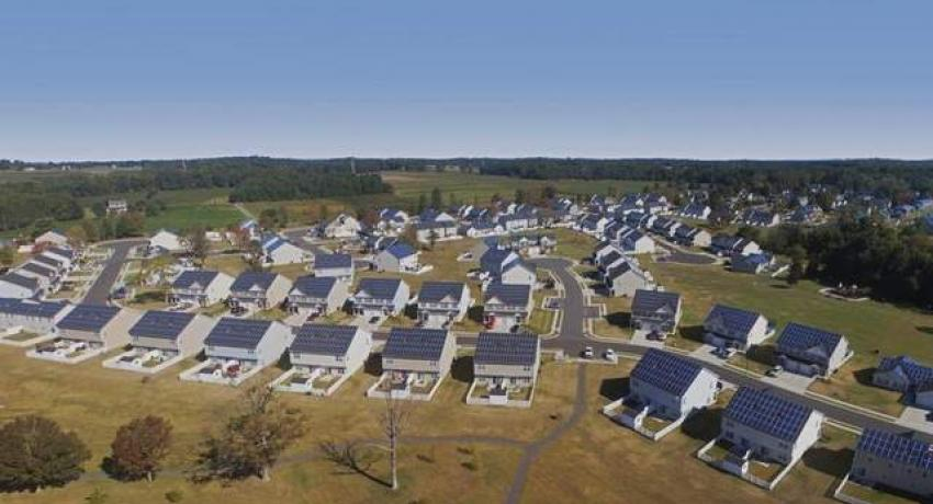 Military installing solar on base housing