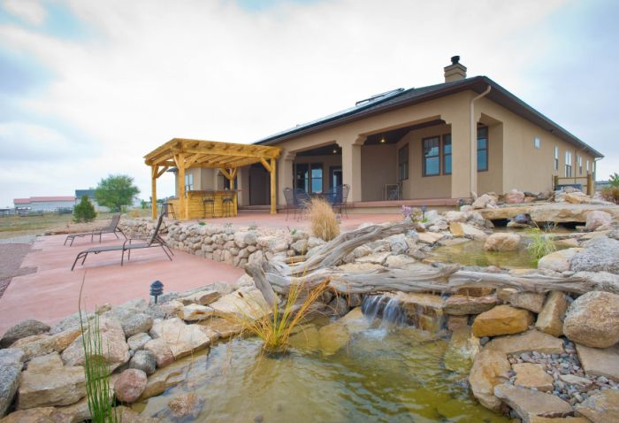 Pioneer West homes features solar home in Colorado SPrings Parade of Homes
