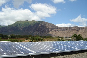 Hawaii aggressively pursing energy independence with solar installations